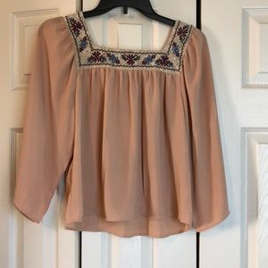 3/4 flowy pink and lace blouse